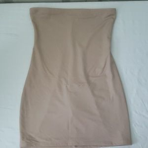 Hanes -Strapless Shapewear (L) never worn no tag
